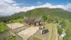 Istana Pagaruyung dari Udara
